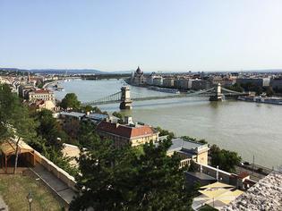 クロワジ・ヨーロッパのシンフォニー号で夏のドナウ河リバークルーズ!