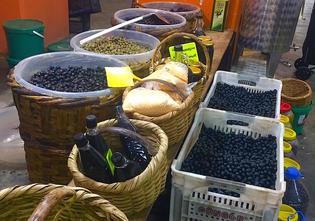 実はトルコってオリーブ作りが盛んなんです!11月以降が新作の狙い目!