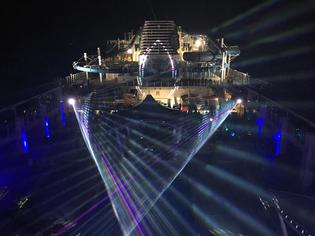 """巨大な新造船 """"ワールドドリーム号""""に香港から体験乗船!!"""