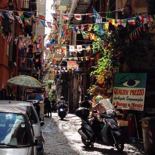 ナポリ弁は世界遺産!ナポリっ子に混ざってディープな下町を体験してみよう