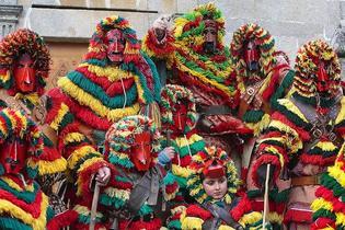 豆もって赤鬼退治!ポルトガル・カレートス・デ・ポデンセ(ポルトガルの鬼祭り)