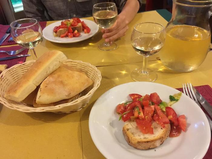 ローマへ留学したのにレストラン...