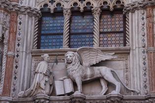 イタリアの建築は眺めるだけじゃない!モチーフに込められた意味を知ろう!
