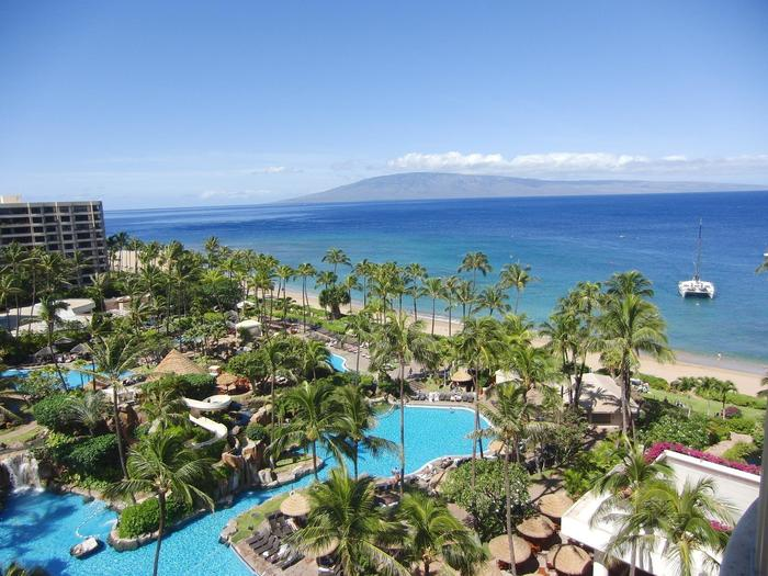 ハワイ 旅行 金額