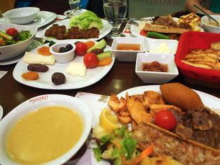 トルコのラマザン期間中に食べるイフタルメニューを紹介