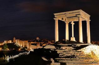 スペインの歴史を感じる城壁に囲まれた信仰の町アビラ