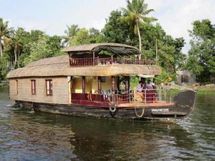 日本人のまだ知らない南インドの楽園・ケーララを目指し!!