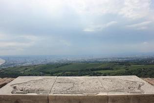 城址から望むウィーンの絶景、レオポルズベルクの今と昔