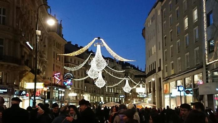 Austria_XmasMarketNight_5.jpg