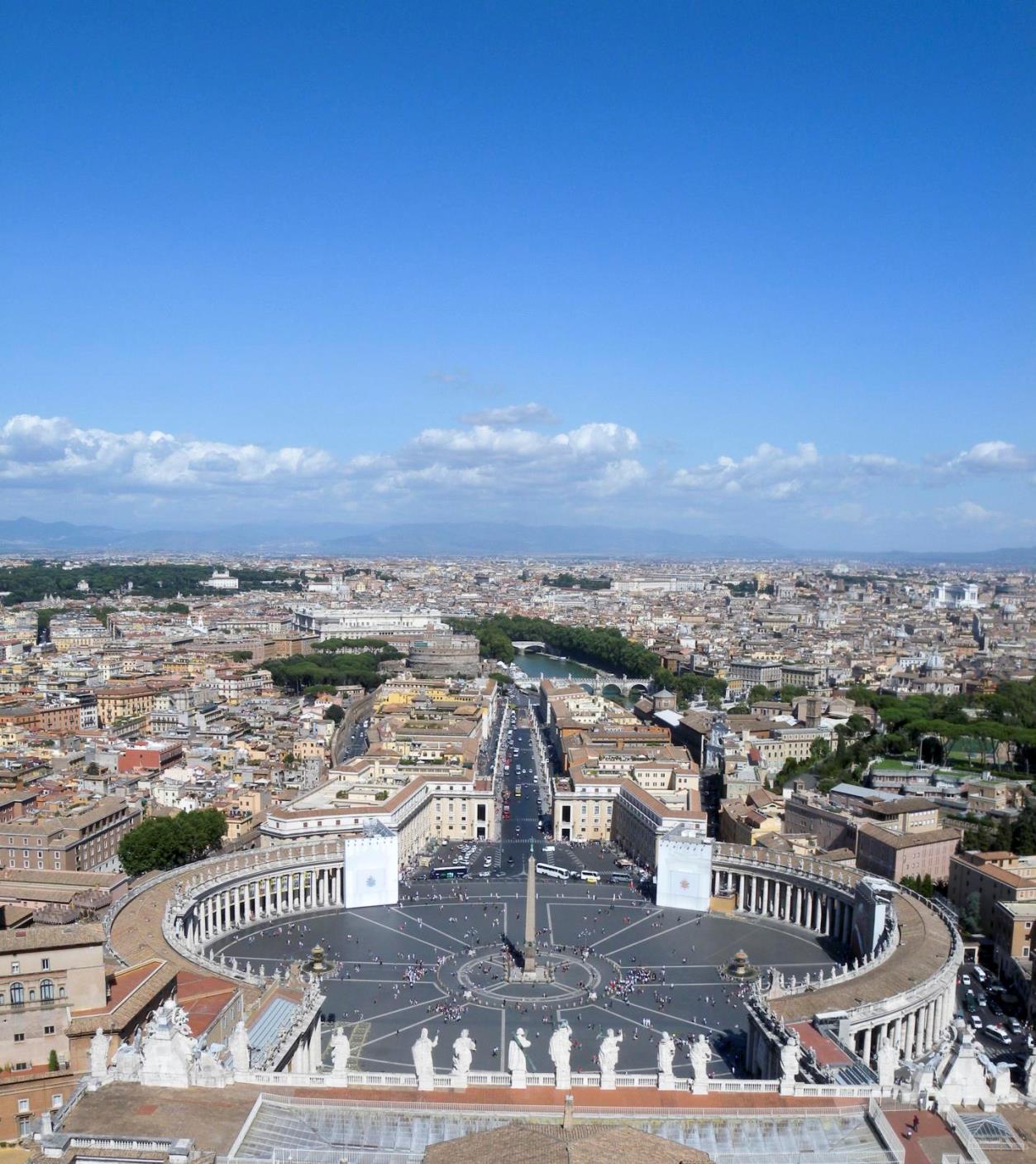 ローマの中の独立国!カトリックの総本山「バチカン市国」とはどんな国 ...