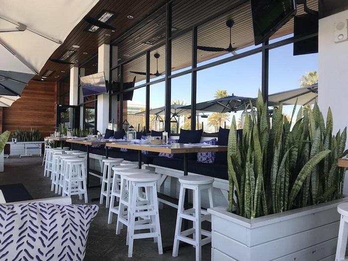 アメリカ Brio Coastal Bar Kitchen は いい意味で期待を