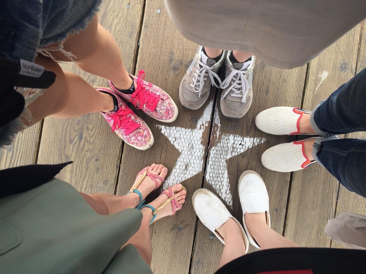 足 疲れない 靴