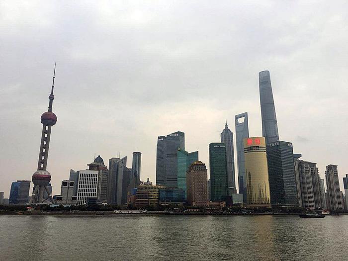 上海と言えばココは外せない!陸家嘴のノッポなビル巡り   たびこふれ