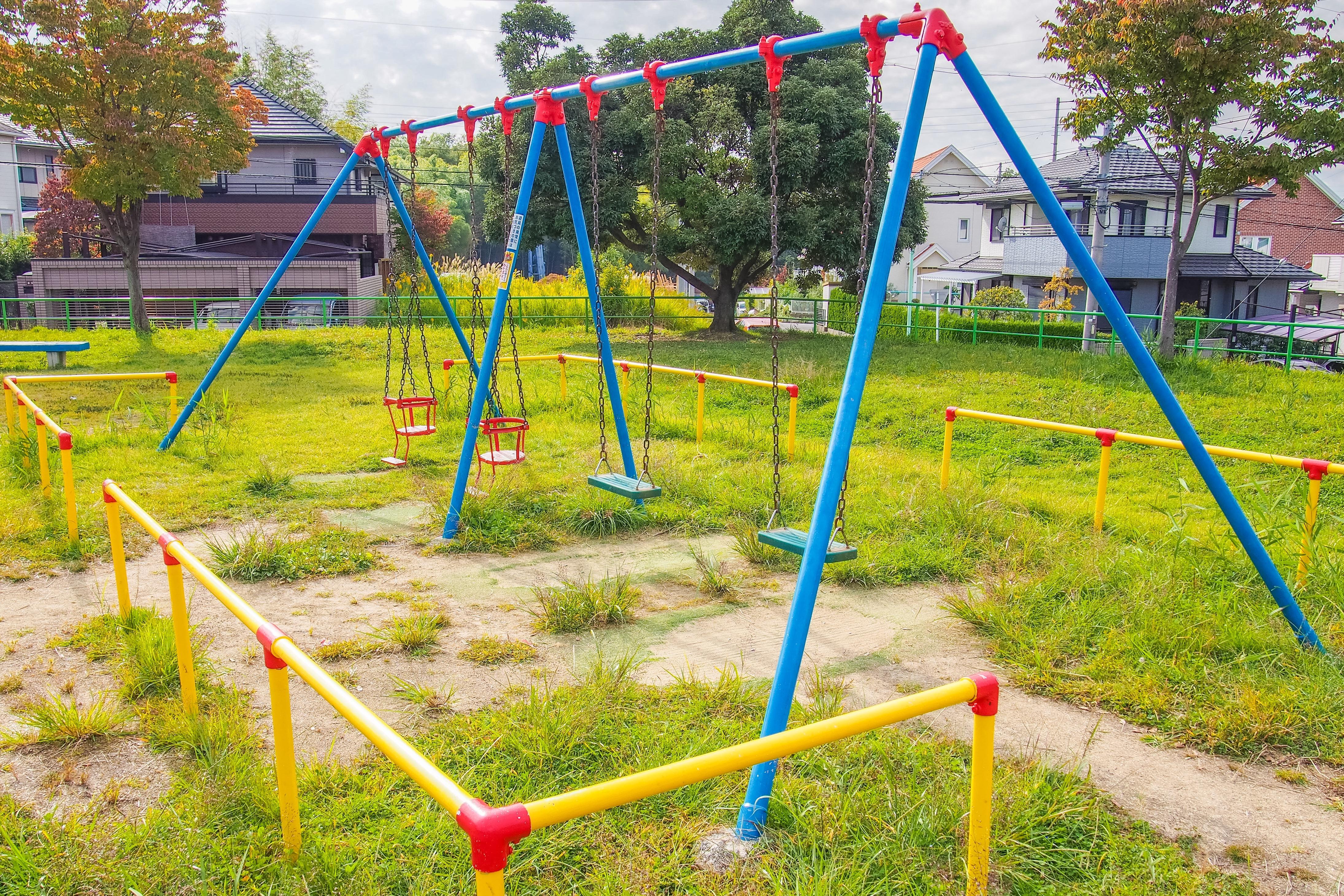 横浜で子供と一緒に公園遊び!遊具が充実の公園おすすめ10選 | たびこふれ
