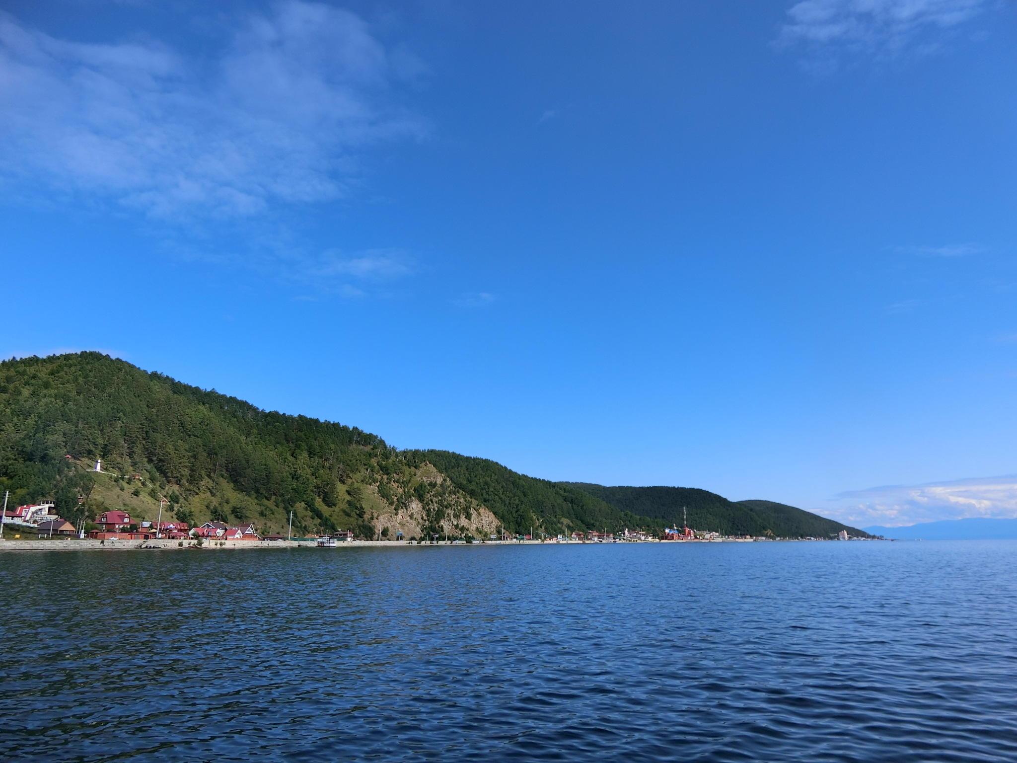 S7航空直行便でロシア イルクーツクへ 透明度世界一のバイカル湖で
