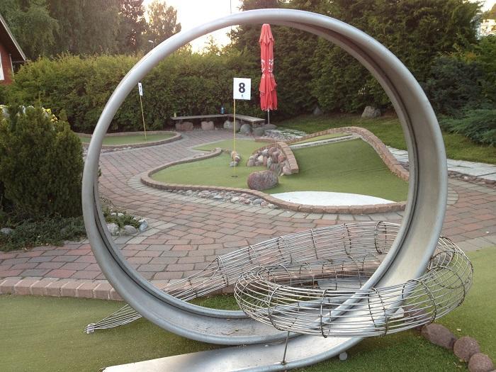 手ぶら&気軽に楽しめる!スウェーデンでパターゴルフ体験 | たびこふれ