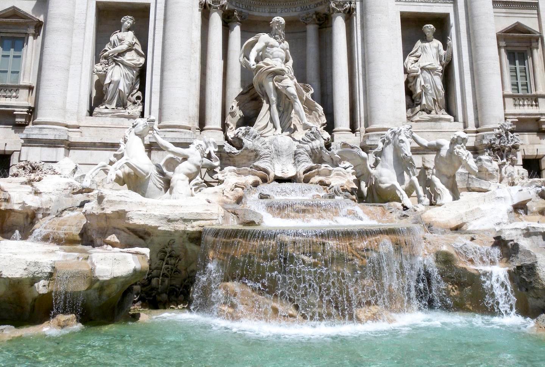 「イタリア トレビの泉」の画像検索結果